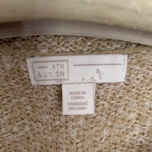 14th & Union Sweaters - Like new boucle knit sweater tan white